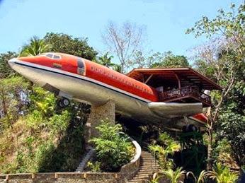 Airplane Restaurant, Costa Rica