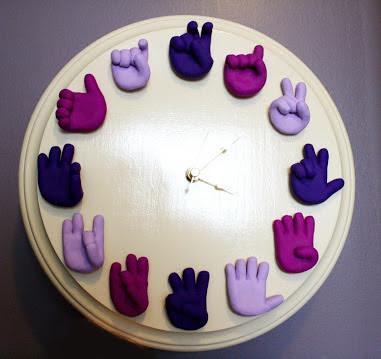 Unique Sign Language Clock独特的手语时钟