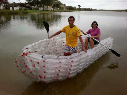 循环胶瓶创意船,recycle plastic bottles cerative boat