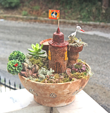 My mini garden project tutorial. Please, let me know if you like it. Thank you.我的小花园设计