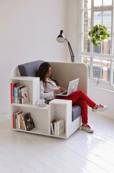 OpenBook chair is a seat and a library打开书椅子座位和一个图书馆