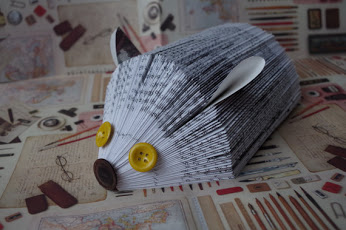 Folded book art - hedgehog折叠书画 - 刺猬