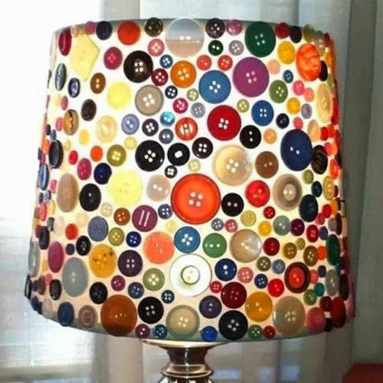 Button made lampshade!钮扣做成的灯罩