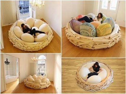 Amazing beanbag chair.惊人的豆袋椅。