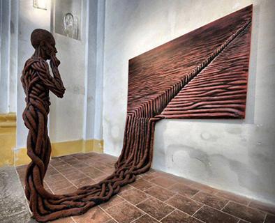 Art is thinking of itself.艺术,思考。