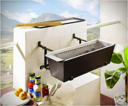 Balcony Grill Bruce – A Practical Idea For Small Spaces.阳台烧烤布鲁斯–实用思想for小空间。