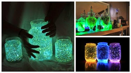 DIY Glow In The Dark Jars.DIY在黑暗中发光的罐子。