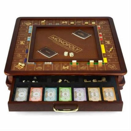 Monopoly Luxury Edition.垄断豪华版麻将台。