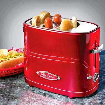 Pop-Up Hot Dog Toaster.自动弹出的热狗面包机。