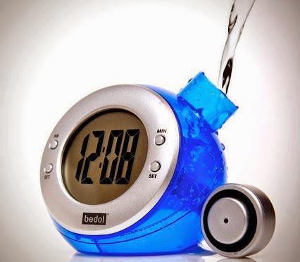Water Powered Clock.水动力的时钟。