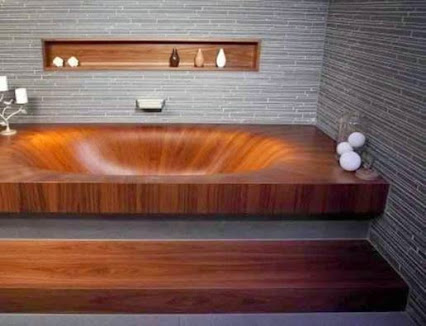 Wooden Bathtub.木制浴缸。